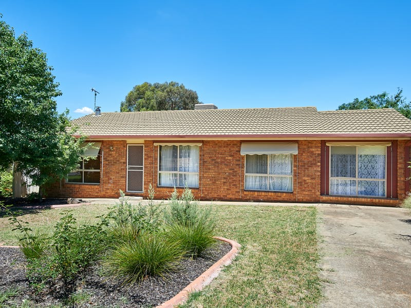 66 Pugsley Ave, Estella, NSW 2650