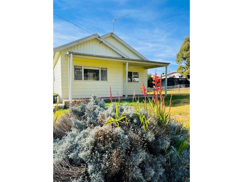 15 Russell Rd, Kandos, NSW 2848