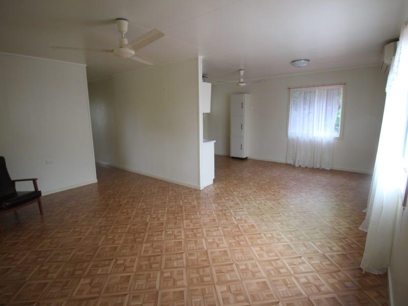 39 Allamanda Ave, Forrest Beach, Qld 4850