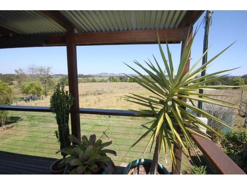 756 Bruce Highway South, Kybong, Qld 4570