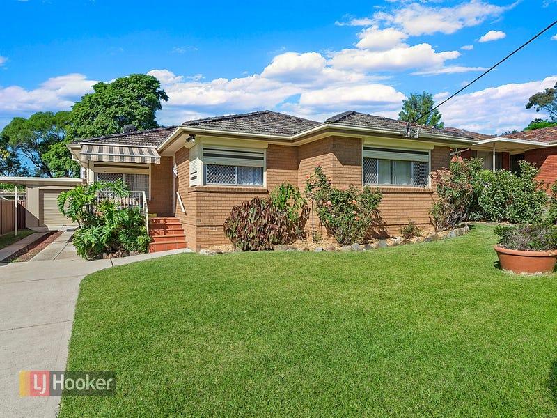 11 Valencia Crescent, Toongabbie, NSW 2146