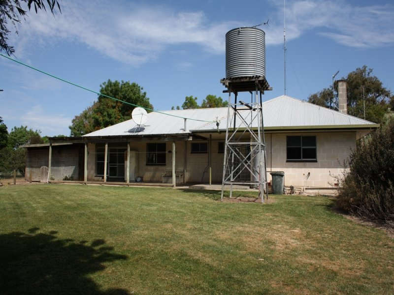 1736 Edenhope-Penola Road, Edenhope, Vic 3318
