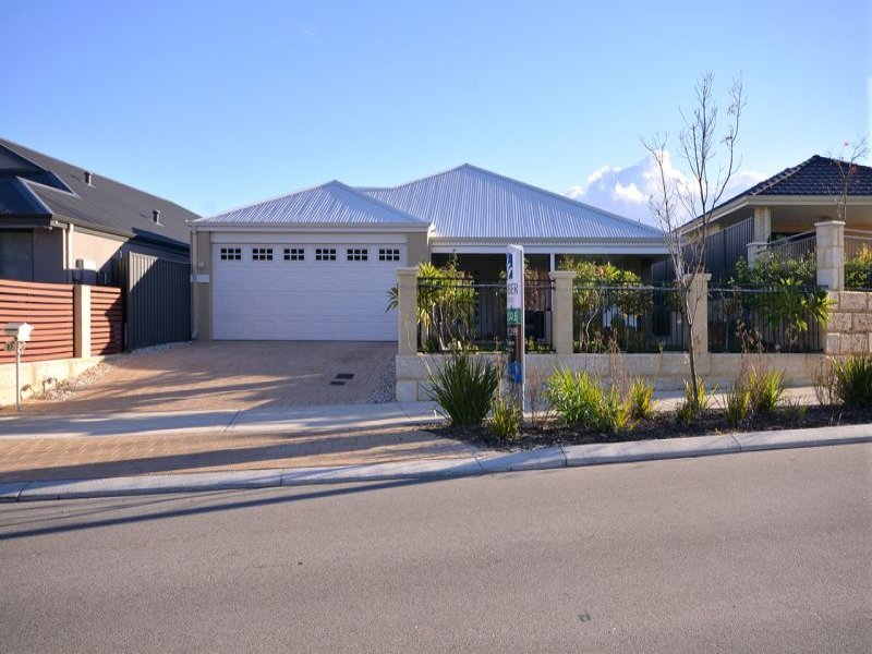 27 duvall parkway aveley wa 6069 property details for Garage door repair duvall wa