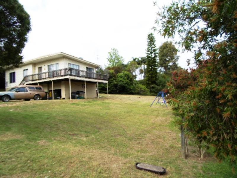 8 Crag Road, Batehaven, NSW 2536