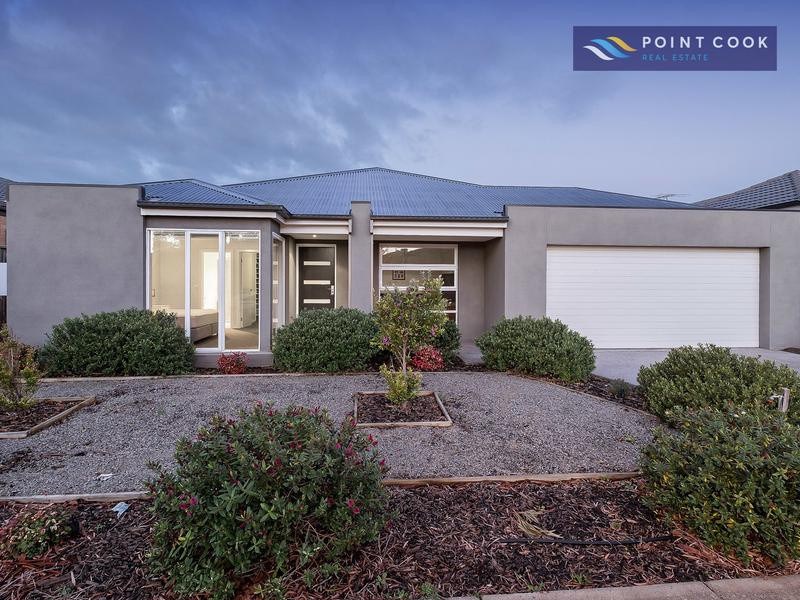 18 Royal Circuit, Point Cook, Vic 3030