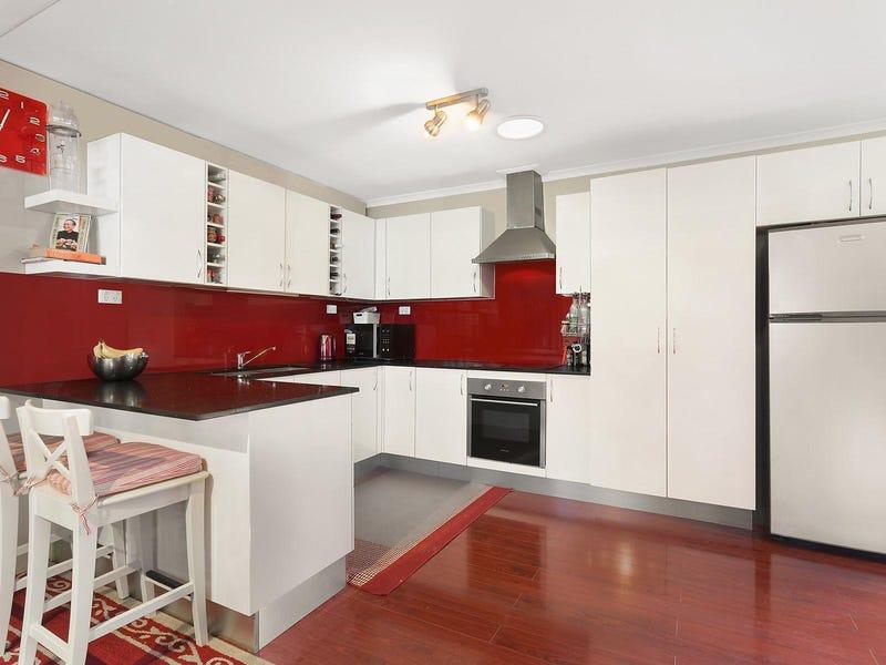 11 Grevillea Close, Bossley Park, NSW 2176