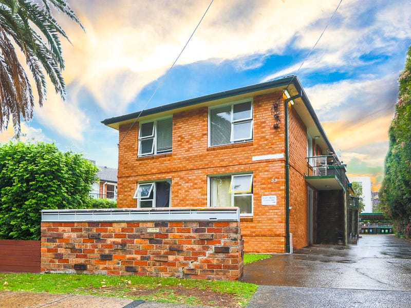 2/33 Hawkesbury, Dee Why, NSW 2099