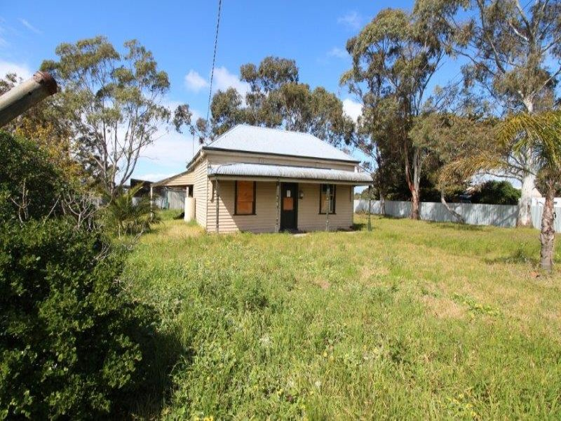 1 Old Station Street, Cressy, Vic 3322