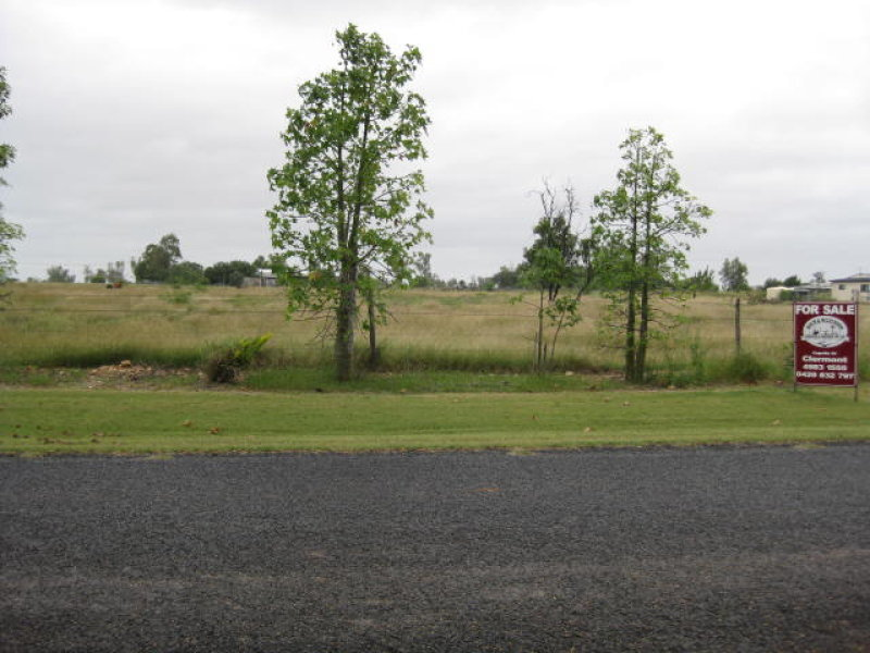 Lot 3, MELROSE DRIVE, Clermont, Qld 4721