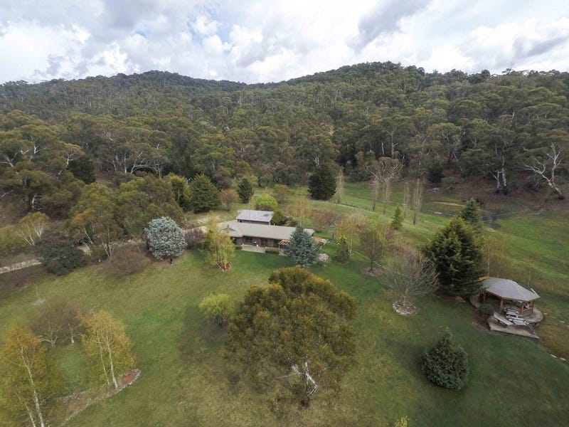 166 Eagle View Road, Moonbah, NSW 2627
