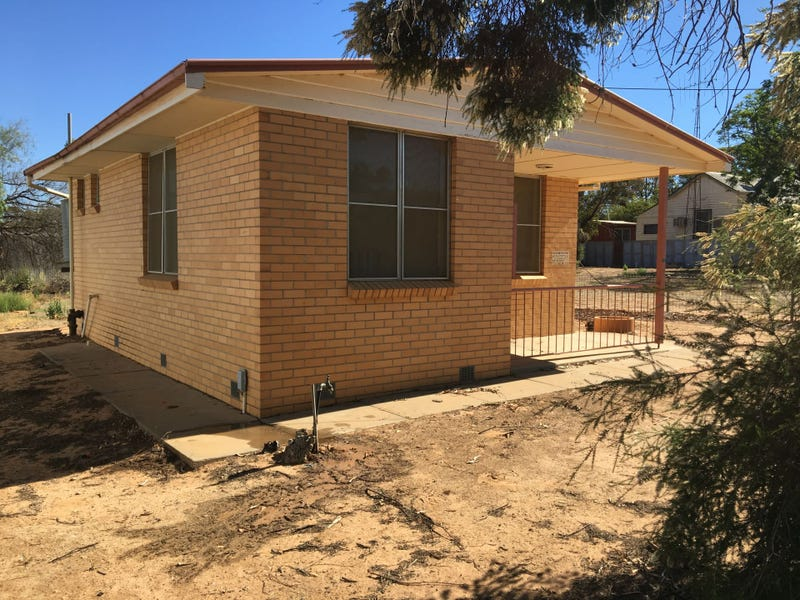12 Messines st, Nandaly, Vic 3533