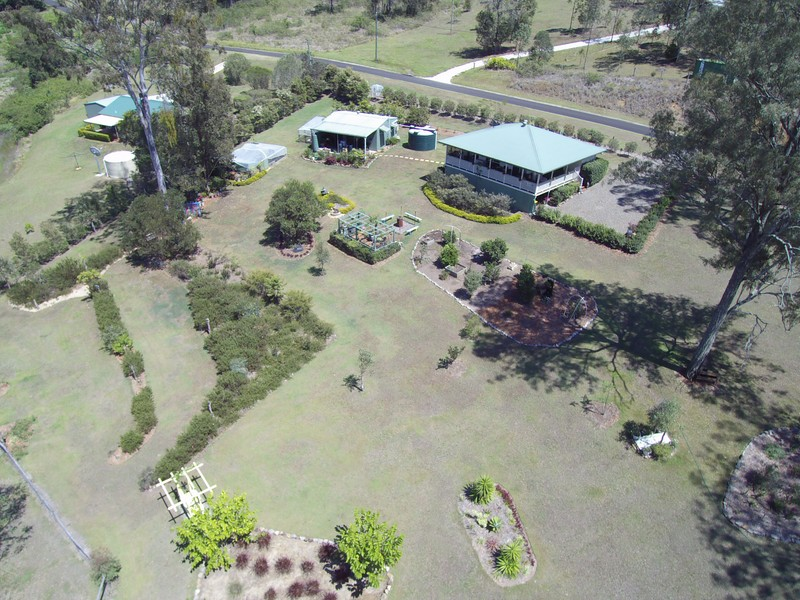 25 Billy Green Drive, Villeneuve, Qld 4514