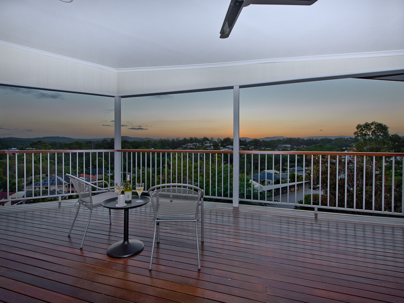 18 Alberic Court, Eatons Hill, Qld 4037