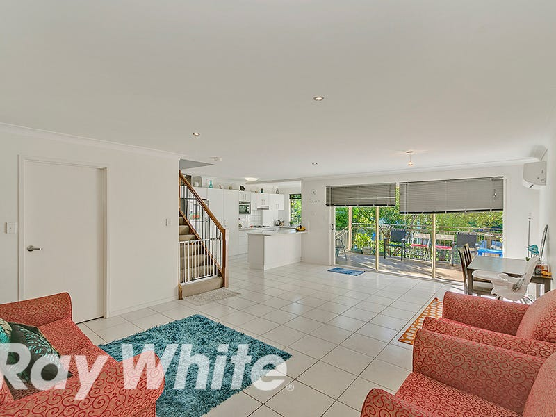 2/26-28 Laughlin Street, Kingston, Qld 4114