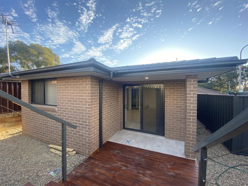1a  Fishburn Place, Narellan, NSW 2567