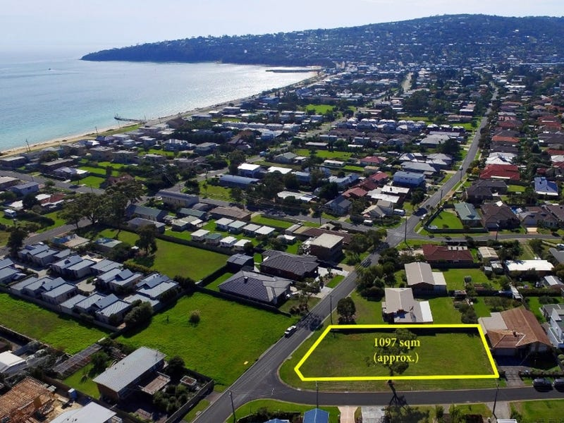 10 Seaview Avenue, Safety Beach, Vic 3936