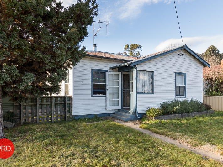 1 Kurrajong Street, Captains Flat, NSW 2623