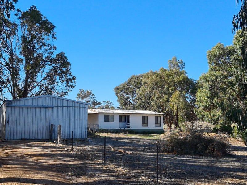 85 Newstead Road, Kojonup, WA 6395