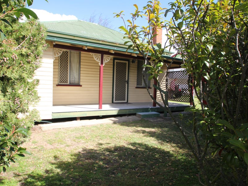 11 High Street, Tenterfield, NSW 2372