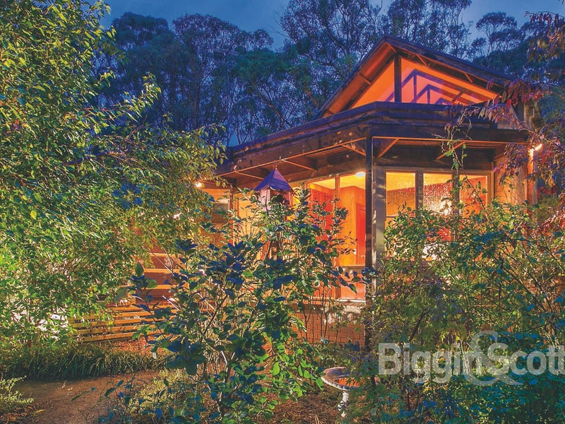 21 Janson Road, Brown Hill, Vic 3350
