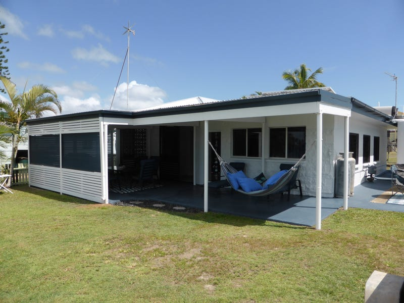 22 Pacific Cres, Curtis Island, Qld 4680