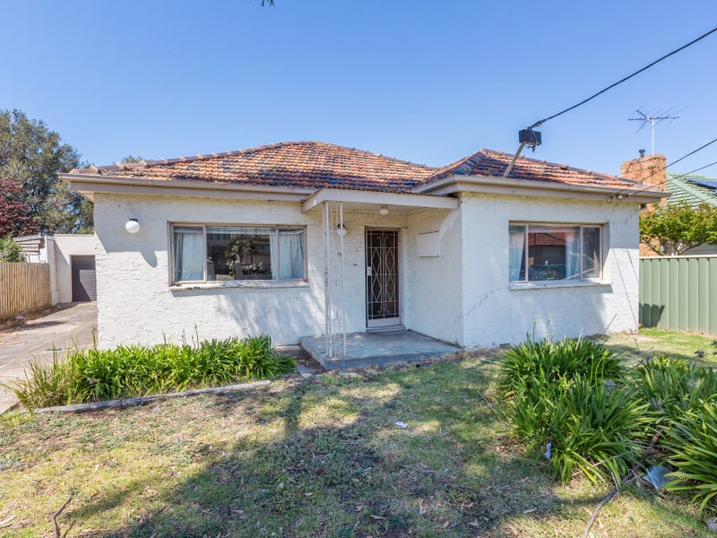 43 Fisher Street, Maidstone, Vic 3012