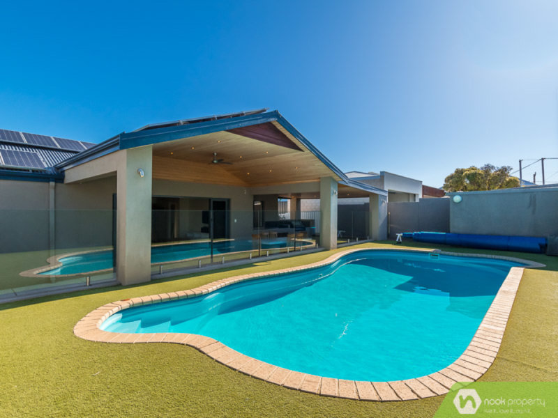 42 Beach Road, Watermans Bay, WA 6020