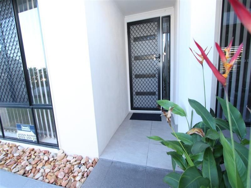 11/15 Parkside Place, Norman Gardens, Qld 4701