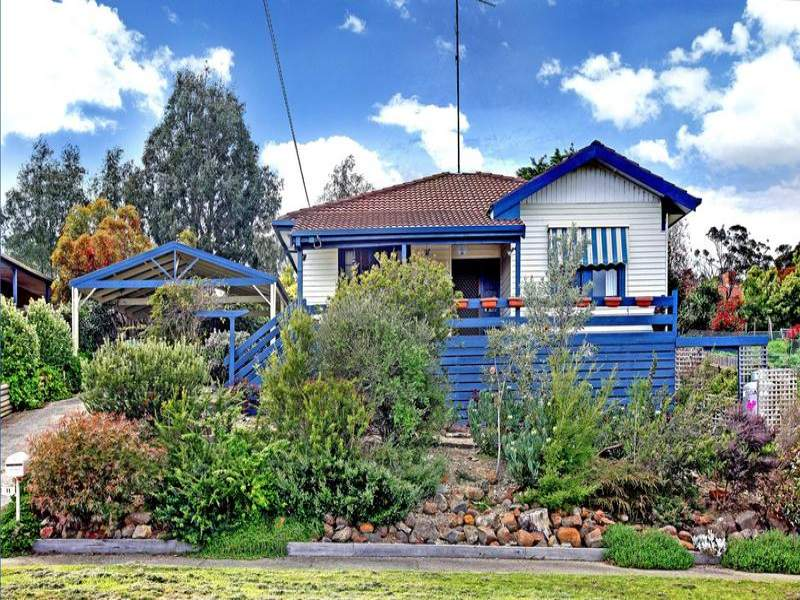 11 Steven Street, Waterford Park, Vic 3658