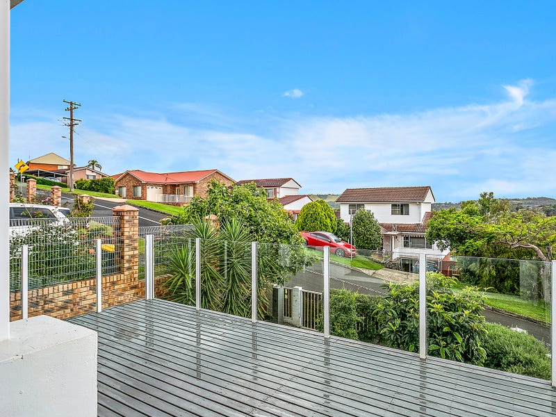 1/104 Blackman Parade, Unanderra, NSW 2526