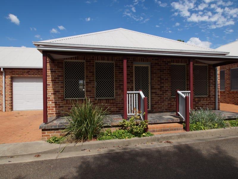 2/94a Rusden Street, Armidale, NSW 2350