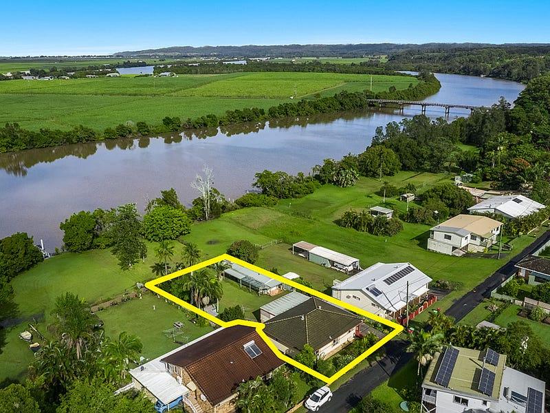 22 River Lane, Woombah, NSW 2469