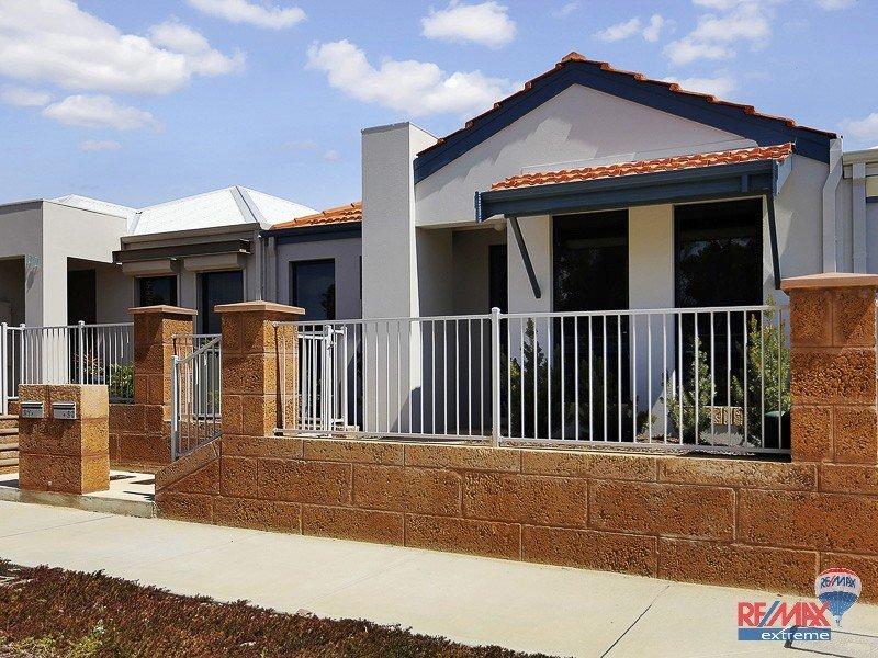 29 Glasshouse Drive*, Banksia Grove, WA 6031