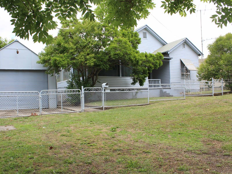 45 Lockhart Street, Adelong, NSW 2729