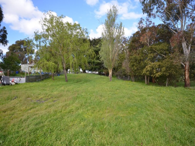 Lot 2, 851 Linton-Carngham Road, Snake Valley, Vic 3351