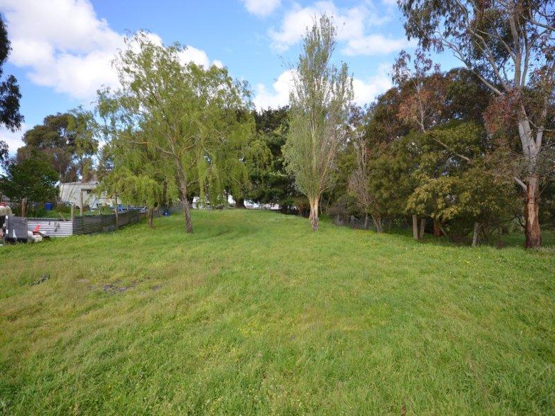 Lot 2, 851 Linton-Carngham Road, Snake Valley, Vic 3351