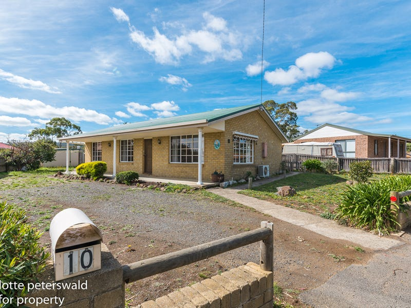 10 Signal Hill Road, Dodges Ferry, Tas 7173