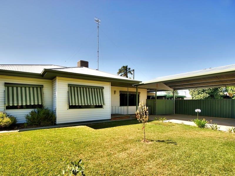 289 Noyes St, Deniliquin, NSW 2710
