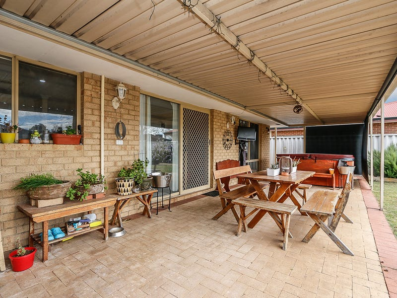 8 Guernsey Court, Stratton, WA 6056