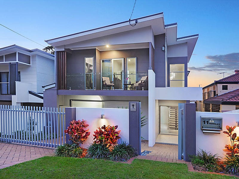 11 Rowsley Street, Greenslopes, Qld 4120