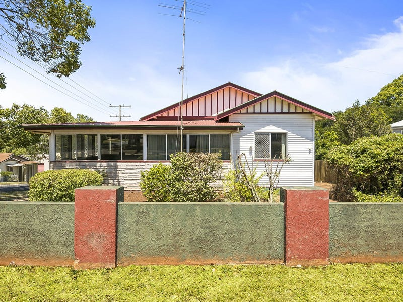16 Gowrie Street, Toowoomba City, Qld 4350