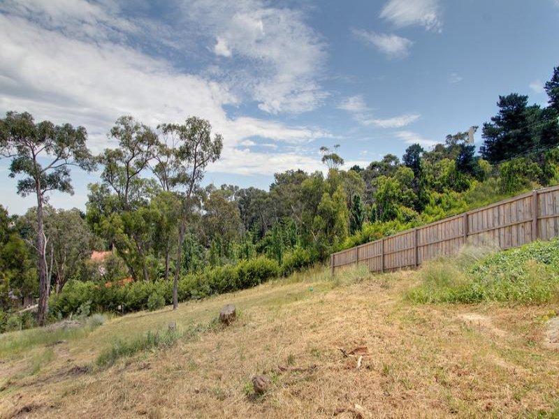 6 Grand View Grove, Lilydale, Vic 3140