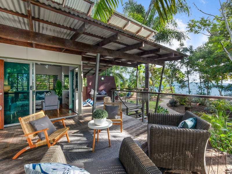 42 Waterview Drive, Bushland Beach, Qld 4818