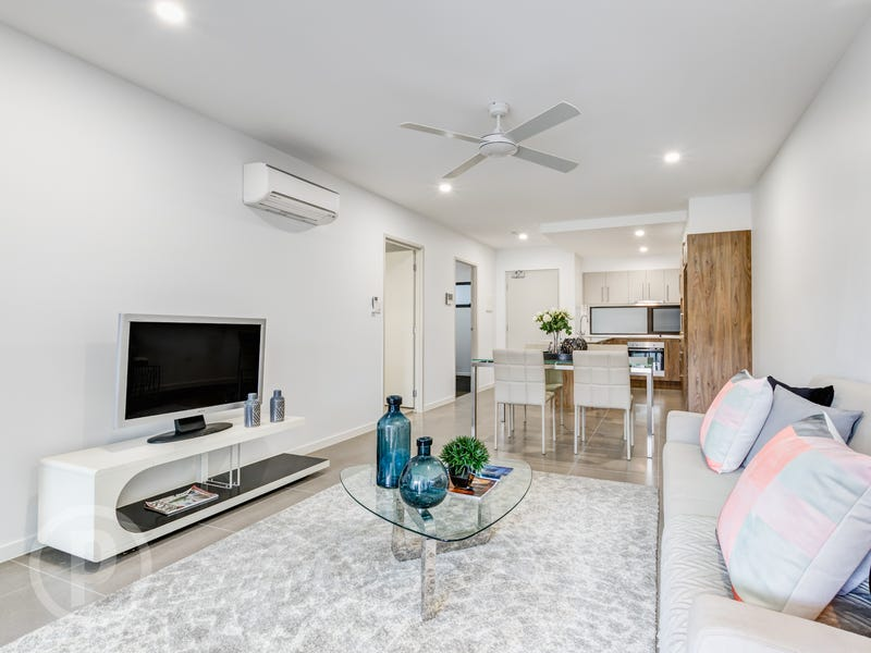 66 Broughton Road, Kedron, Qld 4031