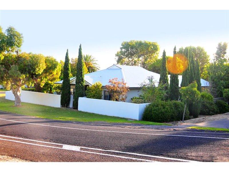 31 Tobruk Ave, Robe, SA 5276