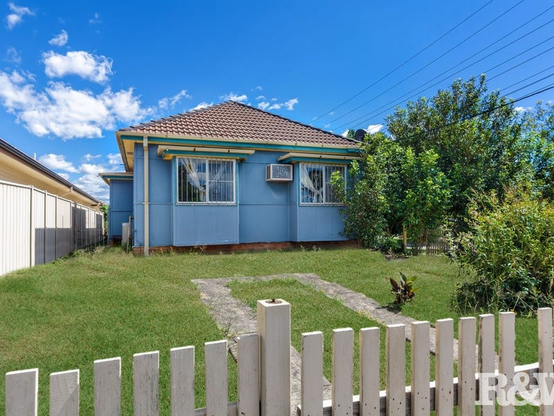 97 Broken Bay Road, Ettalong Beach, NSW 2257