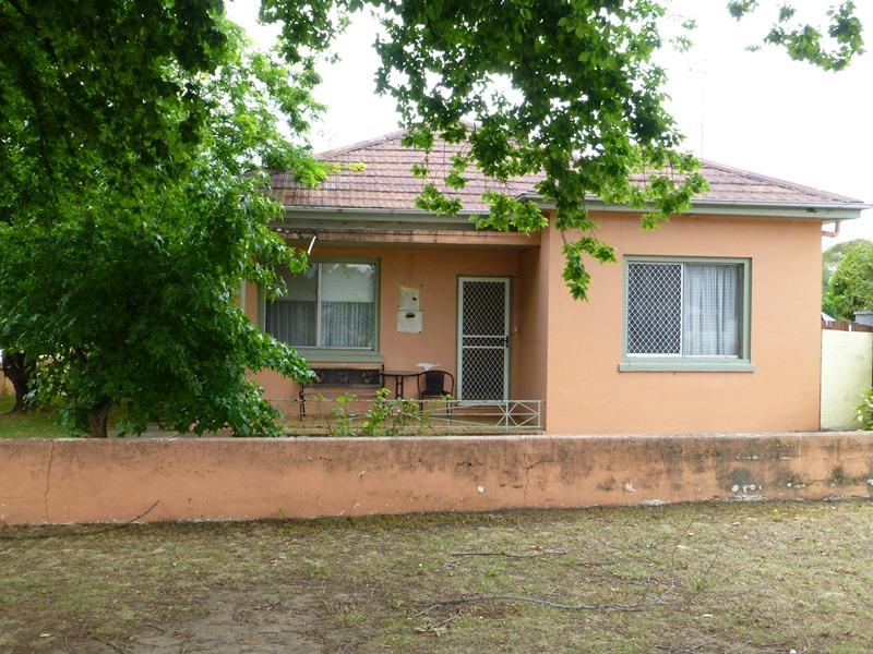 69 Morrisset Street, Bathurst, NSW 2795