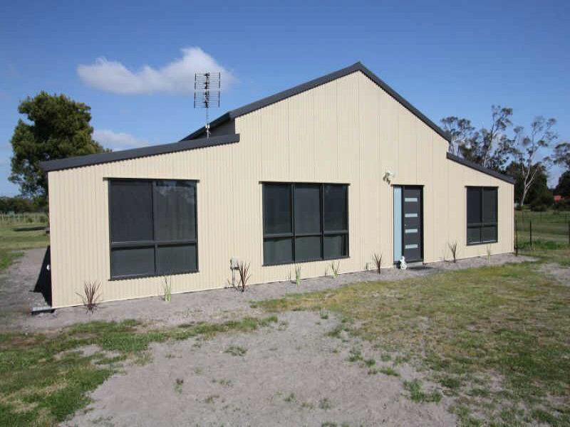257  Woodbury Lane, Squeaking Point, Tas 7307
