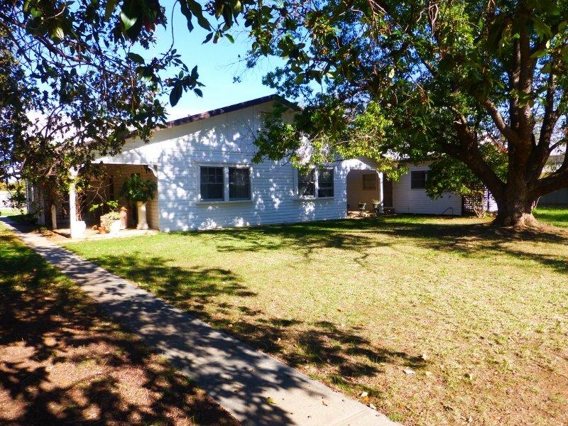 94-96 Jerilderie Street, Jerilderie, NSW 2716