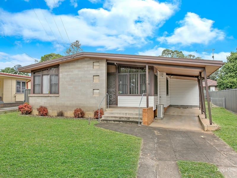70 Wangaroa Crescent, Lethbridge Park, NSW 2770